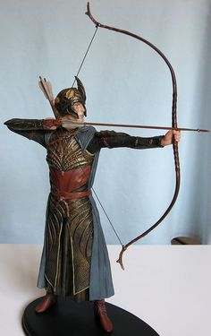 Full side view Elven Archer - Helms Deep. Someday I will make a costume like this!