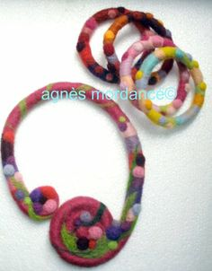 bijoux laine feutrée/ Needle felted jewelry