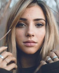 Charly Jordan Girl Face, Woman Face, Beautiful Eyes, Beautiful People, Charly Jordan, Foto Casual, Portrait Poses, Interesting Faces, Female Character Inspiration