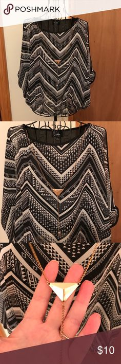 By&By blouse 😍❤️ Black and white design with gold necklace attached cold shoulder blouse very cute size small in EUC😍❤️ By & By Tops Blouses