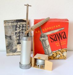 vintage SAWA BISCUIT PRESS gun cookies boxed nos deadstock 50s 60s Sweden
