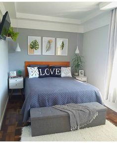 Small Bedroom Ideas That Looks Stylishly and Space Saving Small Room Bedroom, Bedroom Colors, Home Decor Bedroom, Tiny Master Bedroom, Small Apartment Bedrooms, Bedroom Signs, Bedroom Black, Small Rooms, Bed Room