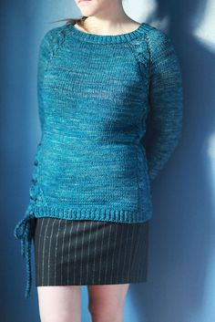 It's not every day you find a free knit sweater pattern that's this beautiful. Give it a try today!