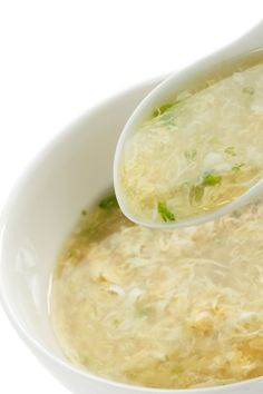 Egg Drop Soup | KitchMe (I actually made this, it was great. I prefer bigger chunks of egg, though, so I add the egg mixture in more slowly).