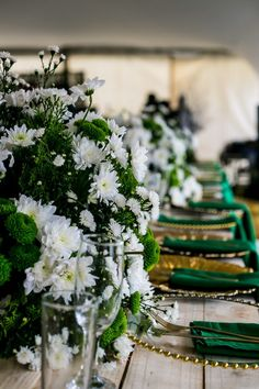 table setting for a green and white wedding, with the bride in green seshweshwe Traditional Wedding Decor, African Traditional Wedding, Traditional Dresses, Wedding Goals, Wedding Blog, White Table Settings, Emerald Green Weddings, South African Weddings, Floral Backdrop