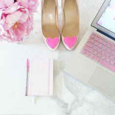 A pretty little Saturday tackling my inbox and working on a design project! PS: These shoes are way too pretty to tuck away in a closet! Plus, they are currently inspiring me to get some work done so we can go out on the town later! Wishing you all a pretty day! #dollspartypretty