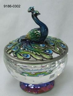 Welforth Pewter Blue/Green Peacock Jewelry Trinket Box w/Crystal Base Peacock Decor, Peacock Colors, Peacock Art, Green Peacock, Peacock Feathers, Peacock Bedroom, Peacock Pillow, Peacock Design, Decorative Accessories