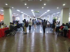 중앙학술정보관 3층에서 진행된 온라인 학술자료 박람회 전경입니다.