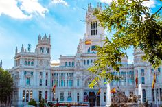 Cibeles building in Madrid Spain Carissa Rogers goodncrazy photography