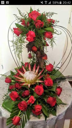 Valentine Flower Arrangements, Flower Arrangement Designs, Funeral Flower Arrangements, Beautiful Flower Arrangements, Silk Flower Arrangements, Beautiful Flowers, Altar Flowers, Church Flowers, Funeral Flowers