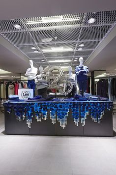 "SELFRIDGES/HARRODS, ""125 LEE YEARS"" ,for LEE DENIM,photo by PLANarama, pinned by Ton van der Veer"