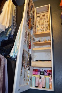 20 Great Jewelry Storage and Organization Ideas