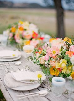Styling & Design by Joy de Vivre / Photography by KT Merry / Florals by Kelly Kaufman. Spring Farmhouse wedding ideas from Once Wed and Flutter Mag.