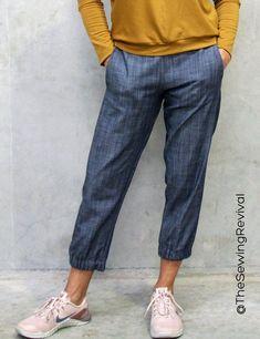 Sidewinder Pants PDF Sewing Pattern - The Sewing Revival Easy Sewing Patterns, Fabric Patterns, Pdf Patterns, Sewing Ideas, Pattern Sewing, Clothes Patterns, Dress Patterns, Sewing Pants, Sewing Clothes