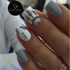 Nail art Christmas - the festive spirit on the nails. Over 70 creative ideas and tutorials - My Nails Stylish Nails, Trendy Nails, Feather Nails, Feather Nail Designs, Tribal Nail Designs, Tribal Nails, Glow Nails, Pretty Nail Art, Nagel Gel