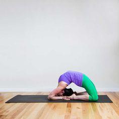 25 Increíbles Poses De Yoga Que La Mayoría De Las Personas No Pensaría En  Intentar 69dab24906b4