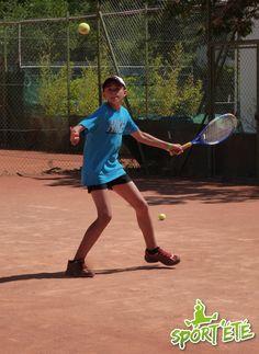 Stage de tennis en France pour les 12/17 ans. Découvrez nos niveaux : http://www.sportete.com/sejours-sportifs/#!/sejours-sportifs/sejours-stages/tennis