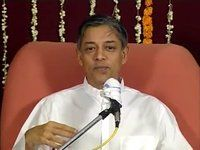 """""""Who am I?  That is the fundamental misconception everyone has. Pujya Deepakbhai explains that the owner and the things owned are always two separate entities.  Visit to find out more: http://hindi.dadabhagwan.org/vaignanik-hal/adhyatmik-vignan/main-kaun-hu-apane-sachche-swarup-ko-pahchane/"""""""