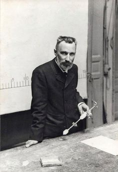Pierre Curie lecture on radium, Paris, c. 1900