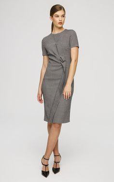 Luxury fashion & accessories from ESCADA - exclusive designer clothes by ESCADA. Design und luxury fashion online at ESCADA.