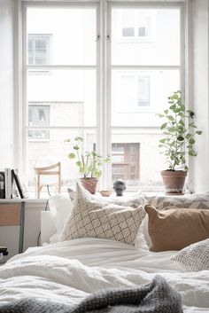 33 trendy home design white wood spaces Apartment Interior, Home Interior, Interior Decorating, Decorating Ideas, Home Bedroom, Bedroom Decor, Bedrooms, Gravity Home, White Interior Design