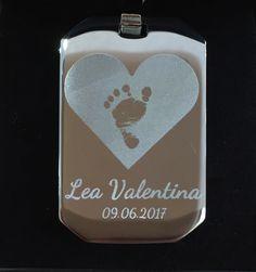 auch Schlüsselanhänger aus Edelstahl sind möglich! Frag uns einfach: mein@liele.at Flask, Barware, Make It Happen, Stainless Steel, Amor, Drinkware