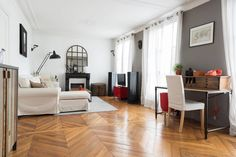 Appartement à Paris, France. Bright 60 sqm apartment ideally located in the heart of Paris close to the trendy pedestrian street of Montorgueil.  Bright apartment ideally located in the heart of Paris close to the trendy pedestrian street of Montorgueil.This charming 60 sqm a...