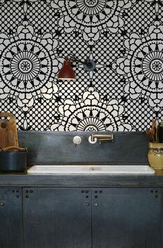 comment bien choisir un papier peint géométrique pour la cuisine