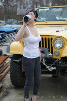 Jeep Girl 0llllll0 www.talkingjeepoz.com