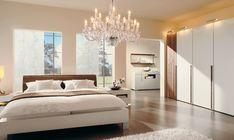 schlafzimmer einrichten helles interieur raffrollos