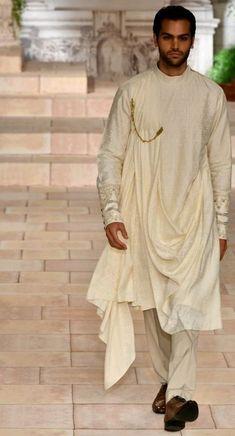Walima Dress, Achkan, Declaration Of Independence, Sherwani, Jodhpur, Indian Outfits, Groomsmen, Ethnic, Fashion Inspiration
