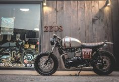 Triumph Cafe Racer by Zeus custom #motorcycles #caferacer #motos   caferacerpasion.com