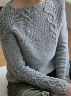 Paneled Solid Twist Casual Knitted Sweater – Jojo Like sweaters kint cardigans hodddies chic Vogue Knitting, Hand Knitting, Cable Knitting, Knitting Sweaters, Pull Torsadé, Casual Sweaters, Knitting Designs, Pulls, Types Of Sleeves