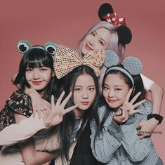 Blackpink Jisoo, Melanie Martinez, Kpop Girl Groups, Kpop Girls, Blackpink Poster, Mode Rose, Mode Kpop, Lisa Blackpink Wallpaper, Black Pink Kpop