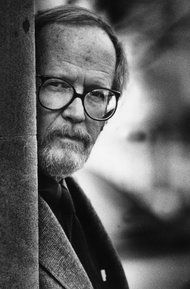 Elmore Leonard - A Man of Few, Yet Perfect, Words - NYTimes.com