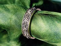 12th century French style wedding band