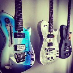Bomber, DeLorean and 007 Manson Guitars #MattBellamy #MUSE