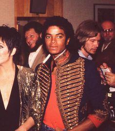 Watch me fly Michael Jackson Jacket, Michael Jackson Bad Era, Janet Jackson, King Of Music, Jackson Family, The Jacksons, Archangel Michael, Beautiful Person, Elizabeth Taylor
