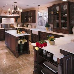 Wonderful floor design and the cabinetry on top of the countertops. Many points of interest here.