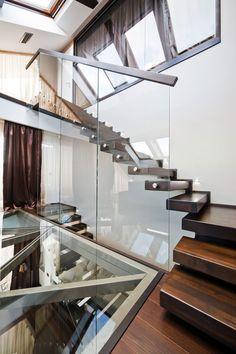 Modern And Impressive Loft In Brasov