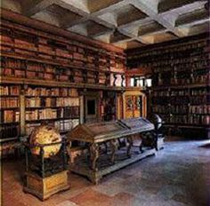 Sale antiche Biblioteca Gambalunga, Rimini, Italy