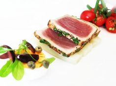 Salad Nicoise the posh way Recipe Wine Recipes, Seafood Recipes, Asian Recipes, Appetizer Recipes, Great Recipes, Favorite Recipes, Appetizers, Nicoise Salad, Good Food