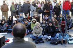 """Todos los rectores se alzan contra el """"deterioro irreparable"""" de los campus / @pilaralvarezm @elpais_sociedad   #universidadencrisis"""