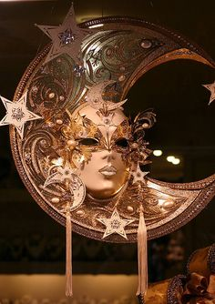 Carnivale mask, Venice by Alaskan Dude, via Flickr