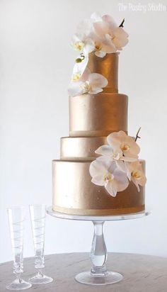 The Pastry Studio offers luxury custom wedding cakes in Daytona Florida. For more information on our cakes contact us today to schedule an appointment. Beautiful Wedding Cakes, Beautiful Cakes, Amazing Cakes, Metallic Cake, Gold Cake, Wedding Cake Decorations, Wedding Cake Designs, Orchid Wedding Cake, Gold Wedding