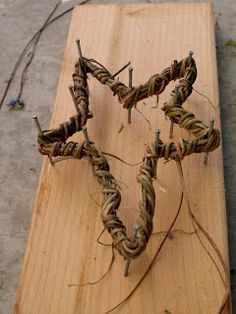 vine shaped star (could be used as ornaments or for most holidays) - use vine wrapped around nails to make a star (heart, Christmas tree, fall leaf, etc)
