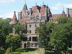 Boldt Castle on Heart Island, Alexandria Bay in the 1000 Islands Region of the St. Lawrence River, New York.