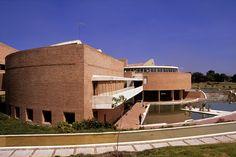 Biblioteca-Virgilio-Barco---Germán-Montes, via Flickr.