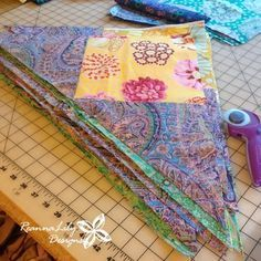 Make HUGE Flying Geese Quilt blocks from Layer Cake Squares