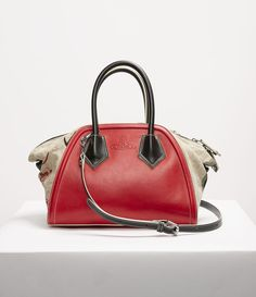 5f5c5868156 VIVIENNE WESTWOOD Shirley Medium Yasmine Red. #viviennewestwood #bags  #leather #canvas